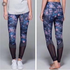 LULULEMON if your lucky leggings